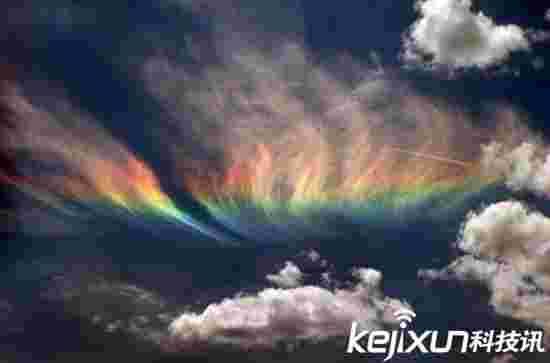 奇特大自然现象 奇幻缥渺的地震之光