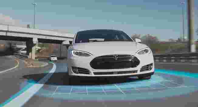 特斯拉给出两种Model S车祸原因 与Autopilot无关