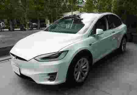 特斯拉在日发售Model X 为首款电动SUV车型