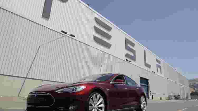 特斯拉Model S车祸初步调查报告:车辆超速行驶