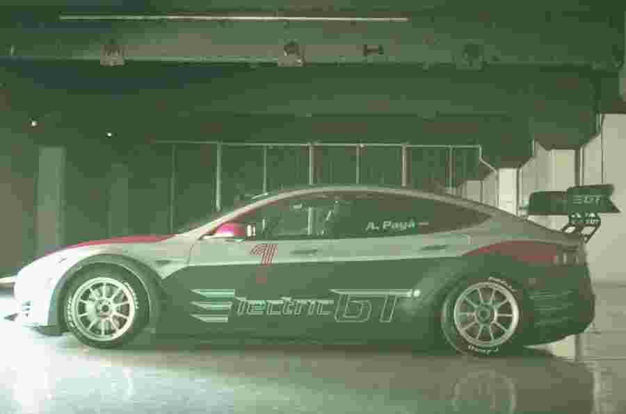 赛车版特斯拉Model S发布 竞逐世界电动汽车锦标赛
