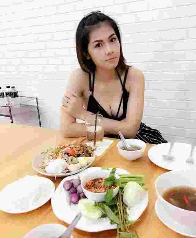 泰国AV女优吴清雅为什么嫁给70岁老头