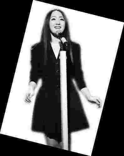 杨钰莹谈当主持:不管用什么形式,我还是歌手