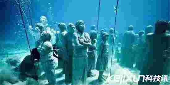 蛟龙号海底发现3米神秘人类竟是神秘海底人?天呐