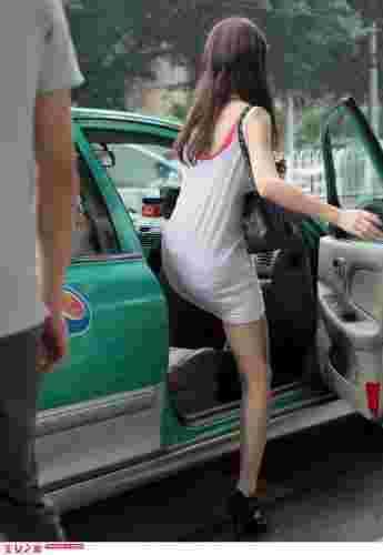 极品美女上Taxi街拍写真集