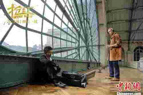 电影《抢红》上映 黄尚禾王耀庆兄弟联手对阵黎明