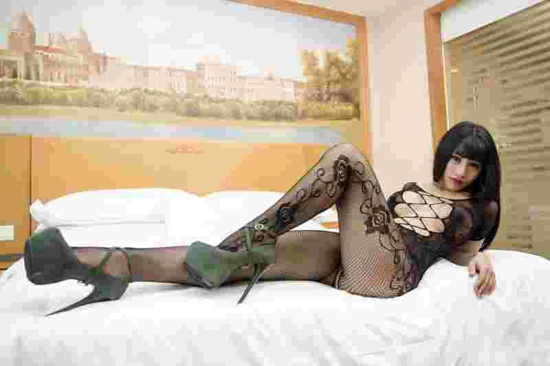 美少妇小雅 紧身开口连体袜诱惑十足