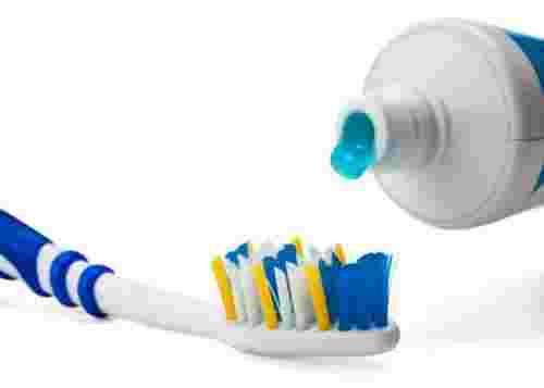 牙刷多久换一次 解读牙刷正确使用的方法