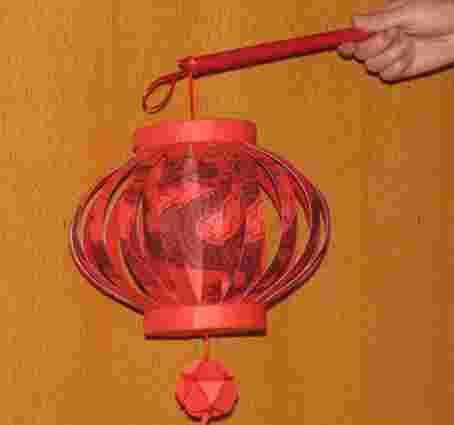 一次性纸杯变废为宝 手把手教你怎样做灯笼