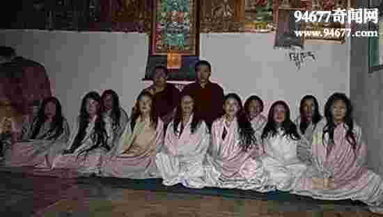 西藏最变态的密宗双修,高僧轮奸处女泄欲(忍住不射)