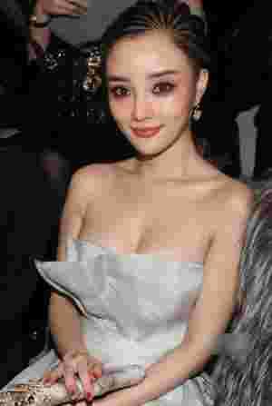《金太狼的幸福生活》李小璐传授轻熟女减龄妆容