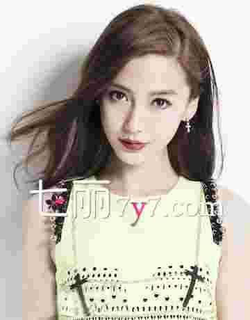AngelaBaby最新发型图片 时尚教主杨颖卷发引领潮流