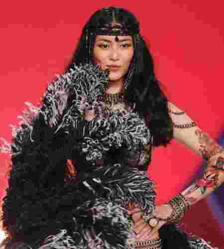 2012维多利亚的秘密 超模T台妆容各领风骚