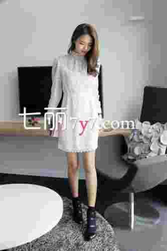 初夏韩版蕾丝连衣裙搭配 纯美如仙女般精致华丽