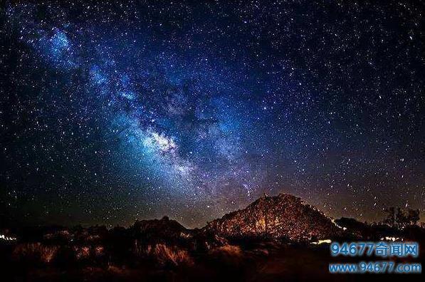宇宙在什么状态下诞生