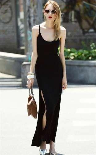 女人就要穿小黑裙 性感妩媚有女人味(图)