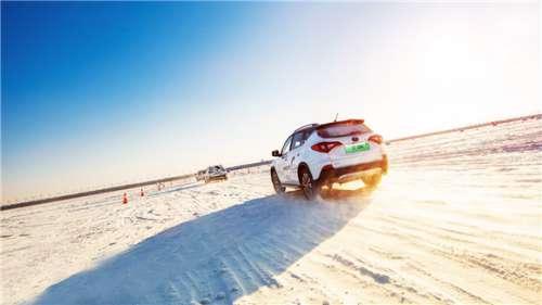 北国冰城挑战极寒 这款插混SUV尽显英雄本色