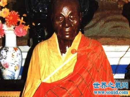 福建佛教界唯一肉身菩萨妙智菩萨(www.souid.com)