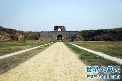 位于河南省灵宝市区的著名建筑物――函谷关(www.souid.com)