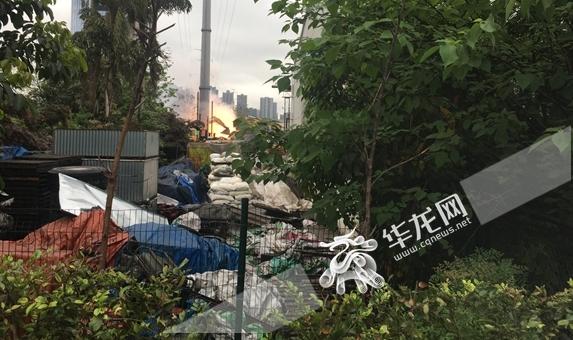 今晨两江新区出口加工区火灾起火物为活泼金属 幸无人受伤