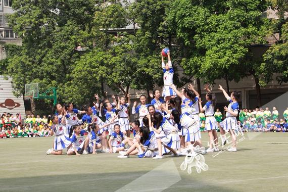 """加洲实验小学第三届""""校长杯""""校园足球联赛开赛啦"""