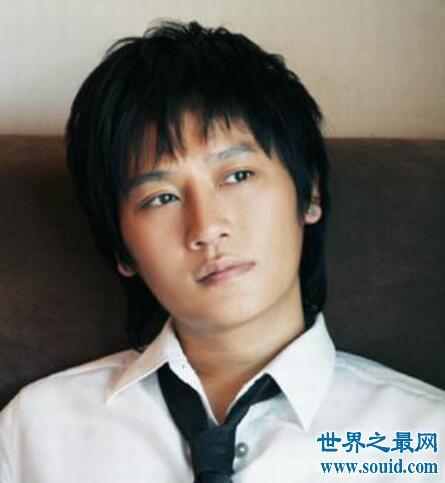 爱江山更爱美人这首歌想必听到后又回到那个世界(www.souid.com)