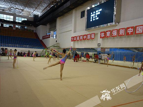 重庆市青少年艺术体操锦标赛开赛 体操队期待挖掘更多好苗子