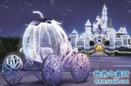 灰姑娘电影你看了这个由童话改编的电影么(www.souid.com)