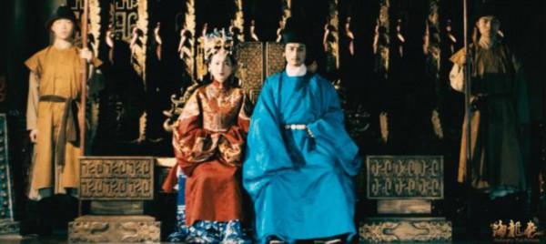 跟随央视纪录片《土司遗城海龙屯》走进四百年前的实景之中