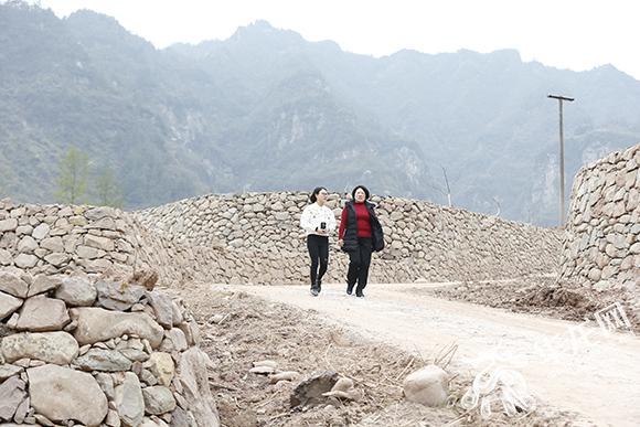 【重庆基层水利实干家】龙海燕:山土为纸,泥石为笔,绘出碧水青山