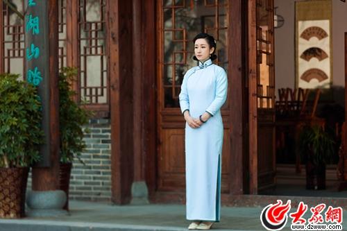 秦海璐旗袍造型年代美尽显 央视大戏《楼外楼》热播