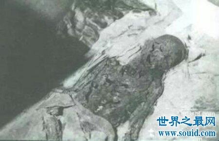 乾隆墓被盗可以说是非常重要的一件事情 必须重罚(www.souid.com)