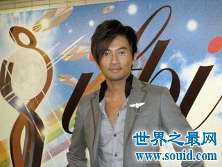 还珠格格里的五阿哥的扮演者苏有朋个人资料你知道多少(www.souid.com)