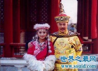 还珠格格里的香妃的扮演者刘丹车祸现场图片太残忍了(www.souid.com)