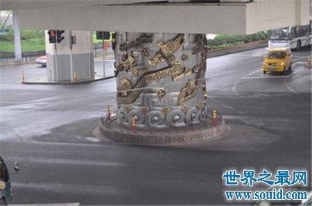 流传二十年的上海龙柱事件 真相居然是这样(www.souid.com)