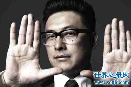 王岳伦父亲是谁你知道吗没想到他的背后竟有如此雄厚的背景(www.souid.com)