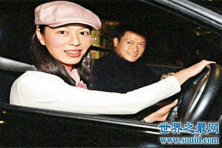 曾经非常幸福的滕丽名魏骏杰为什么会离开彼此呢(www.souid.com)