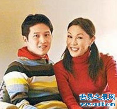 金星的妻子肯波琳 怎么看待前夫竟然变成了女人(www.souid.com)
