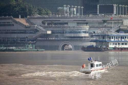 组图丨当洪水过城重庆人熟悉的地标是这样的