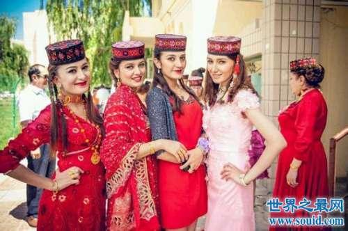 最热情好客的塔吉克族:中国唯一一个白种人民族
