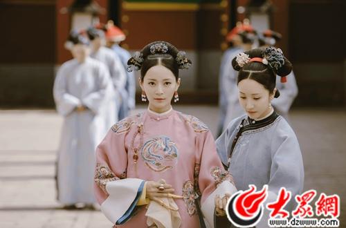纯妃黑化遭网友吐槽 戏外王媛可家庭美满被赞人生赢家