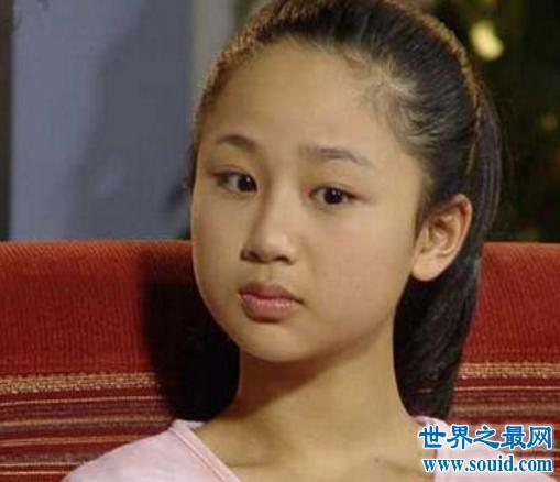 杨紫整容变蛇精女,网友称:亲妈都认不出这张脸(www.souid.com)