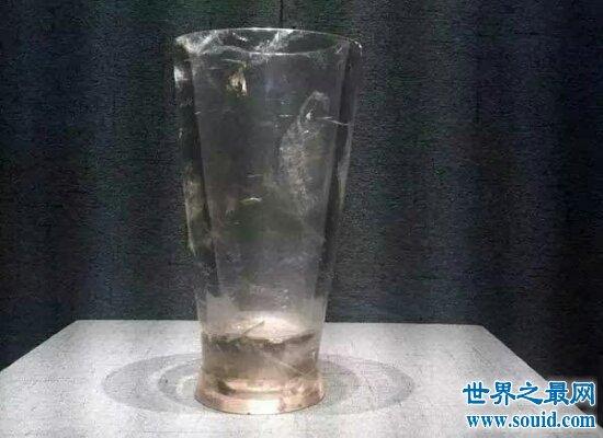 神秘的战国水晶杯现代感十足  有人称是穿越者带过去的(www.souid.com)