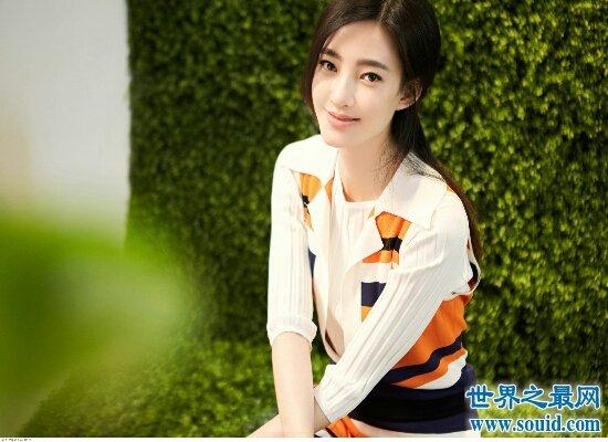 素颜女神王丽坤年龄造假 林更新称年龄不会影响两人的爱情(www.souid.com)