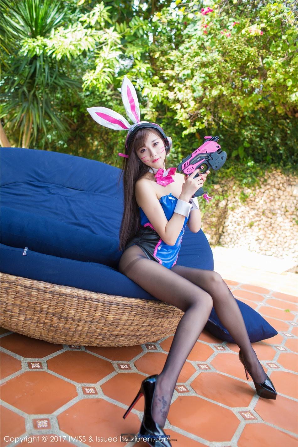 黑丝爆乳兔女郎修长美腿高跟写真