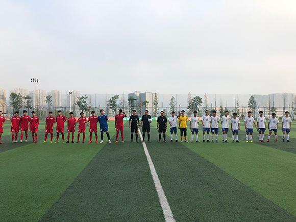 挂钩等级评定 首届重庆市足球协会杯赛正式鸣哨