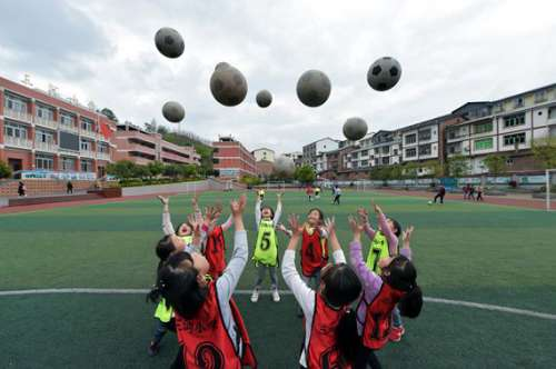 """着眼女足未来 """"三河杯""""青少年女子足球赛即将打响"""