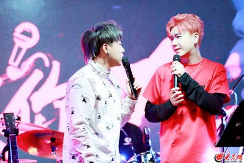 """陈骁生日会温情举办,现场告白粉丝""""想把我唱给你听"""""""