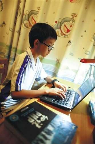 """""""中国年龄最小的黑客""""汪正扬 资料介绍 写编程代码曾敲坏电脑"""
