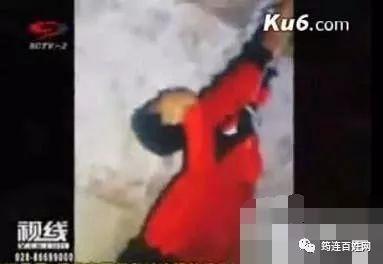 2009重庆红衣男孩事件真相,诡异程度令人感到害怕!